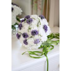 Le mariage la mariée tenant fleurs congé de mariage PE