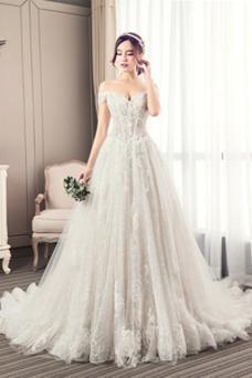 Robe de mariée Tulle Taille Naturel Épaule Dégagée Perle De plein air