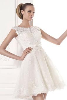 Robe de mariée A-ligne Été Tulle Manche Courte Dentelle Plage