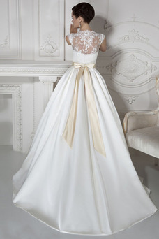 Robe de mariée Col Élisabéthain Manche Courte Bouton Taille Naturel
