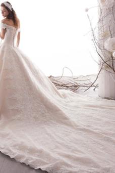Robe de mariée Au Drapée A-ligne De plein air Formelle Manche Courte