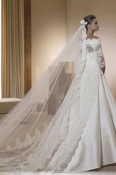 Robe de mariée Appliques Col Bateau Haute Couvert A-ligne Tissu Dentelle