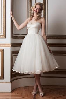 Robe de mariée Taille Naturel Mode de Bal Bouton Col en Cœur Simple