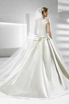 Robe de mariée Hiver Épaule Dégagée Triangle Inversé Satin Mancheron