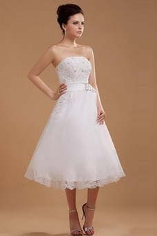 Robe de mariée De plein air A-ligne Satin Sans Manches Longueur Mollet