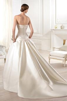 Robe de mariée Classe Taille Naturel Satin Zip A-ligne Eglise