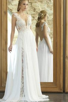 Robe de mariée Col en V Fourreau Dentelle Romantique Gaze Traîne Courte
