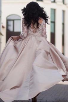 Robe de mariée Tissu Dentelle Poches Pomme Traîne Mi-longue Taille Naturel