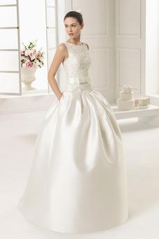 Robe de mariée Satin Traîne Panneau Zip De plein air Sans Manches