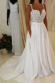 Robe de mariée Plage Au Drapée Triangle Inversé Elégant Traîne Moyenne