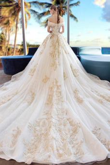 Robe de mariée Lacet Couvert de Dentelle Printemps Manche Courte Épaule Dégagée