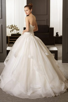 Robe de mariée Dos nu Eglise A-ligne Au Drapée Organza Longueur ras du Sol