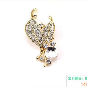 Vente en gros femmes incrusté diamant nouveau style Crystal broche Broche - Page 6